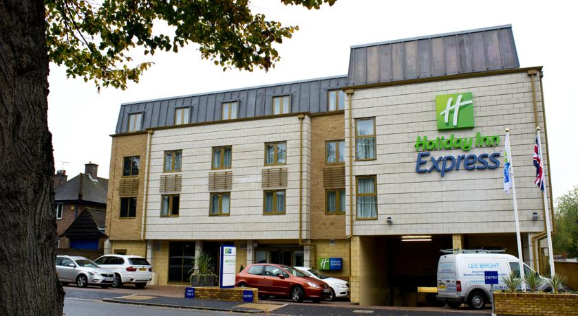 Hotel Review – Holiday Inn Express Windsor