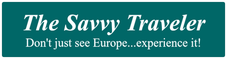 The Savvy Traveler Logo
